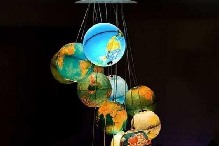 Плафон-глобус своими руками