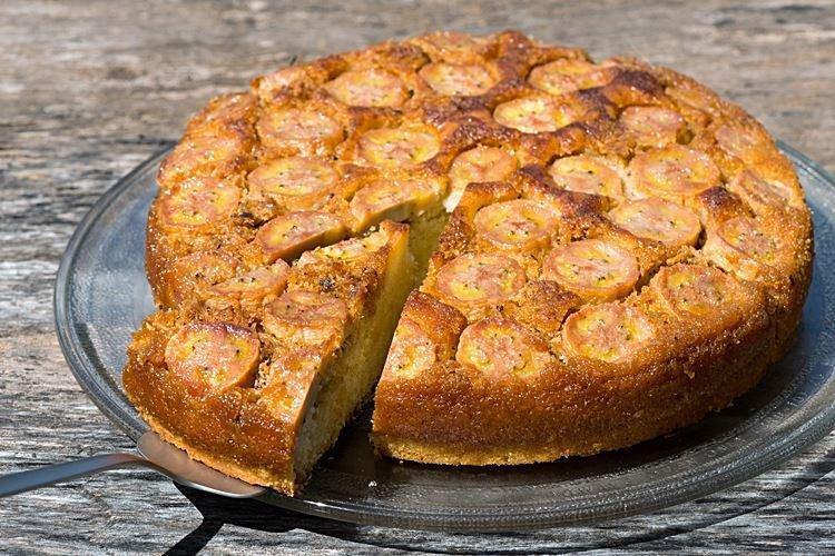 Банановый пирог на кефире в духовке - рецепты