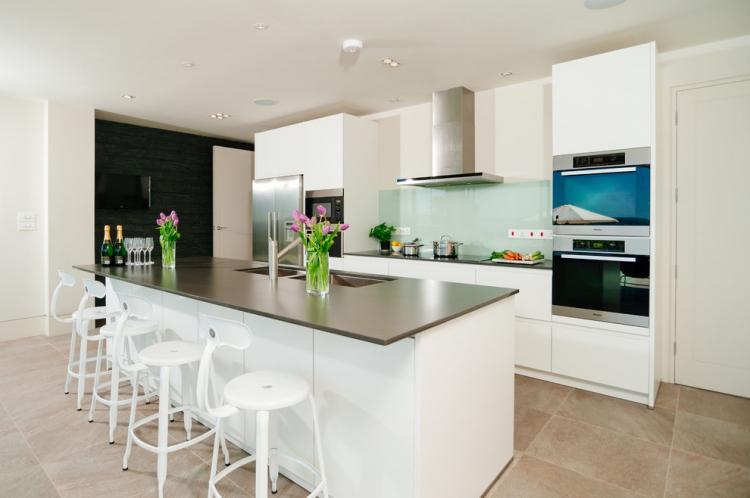 Островная барная стойка - Виды барных стоек для кухни