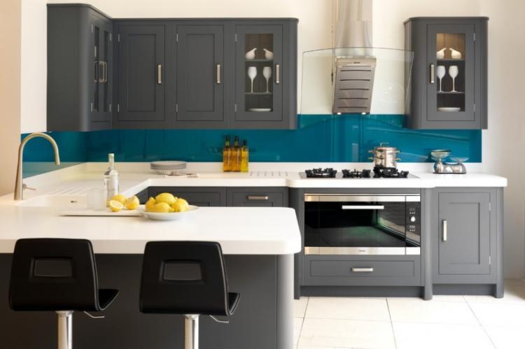 Барные стойки в интерьере кухни - фото