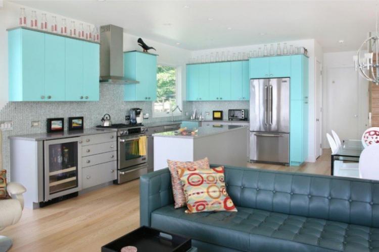 Кухня-гостиная в бирюзовых тонах - Дизайн интерьера