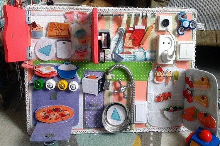 Кухонный бизиборд для девочки своими руками