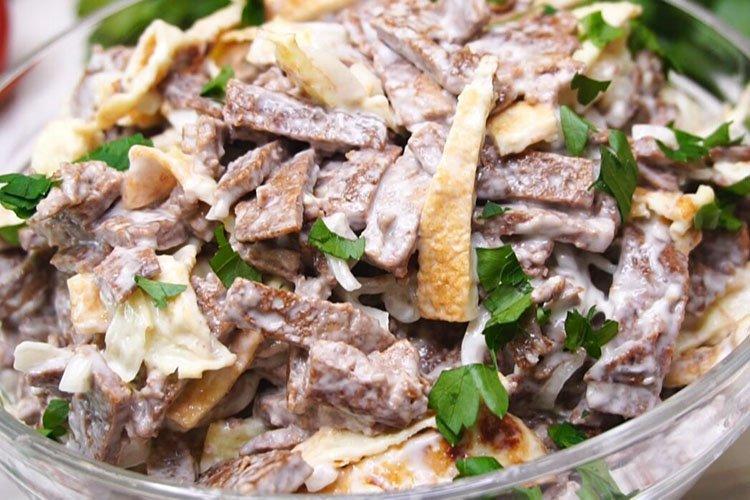 Салат с куриной печенью - рецепты