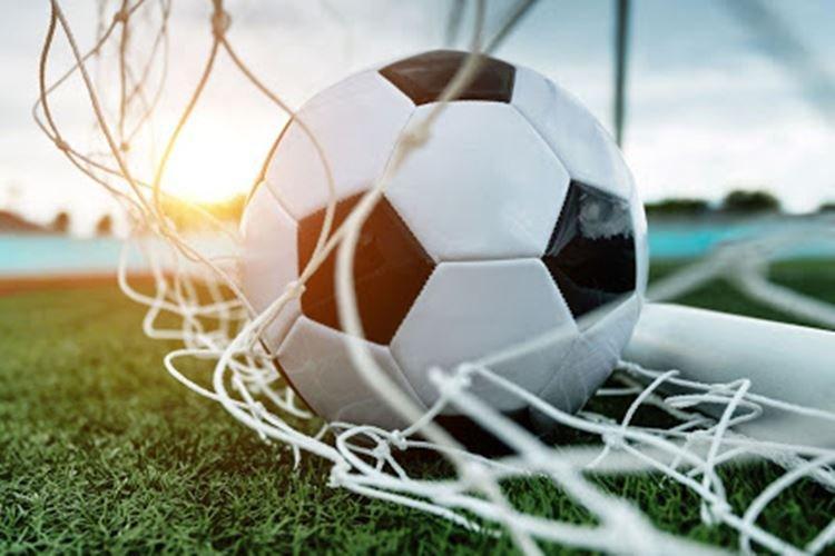 Билеты на футбол - Что подарить папе на День рождения от сына