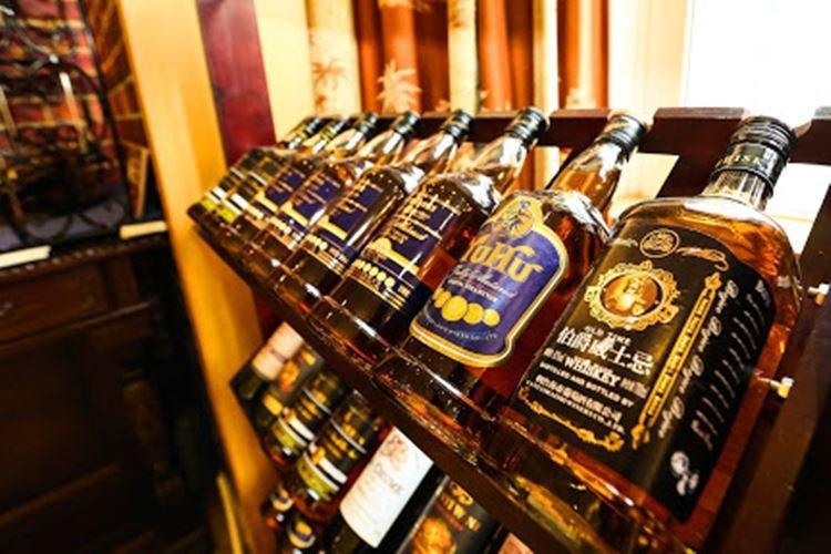 Алкоголь в подарочной бутылке - Что подарить папе на День рождения от дочери
