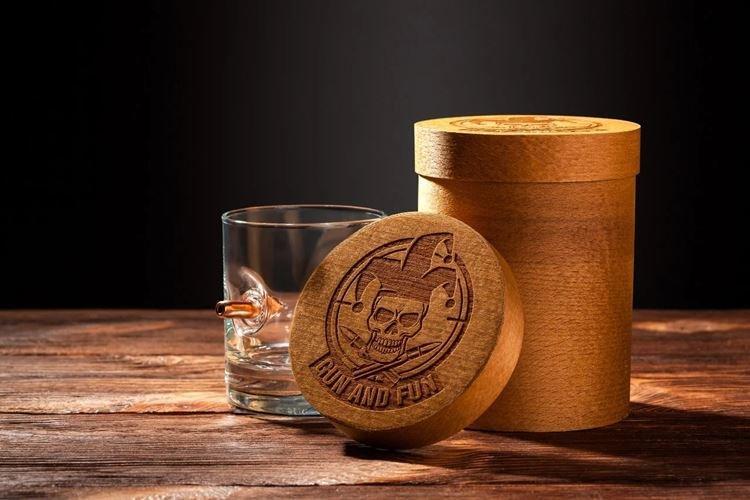 Набор бокалов или стаканов - Что подарить папе на День рождения от дочери