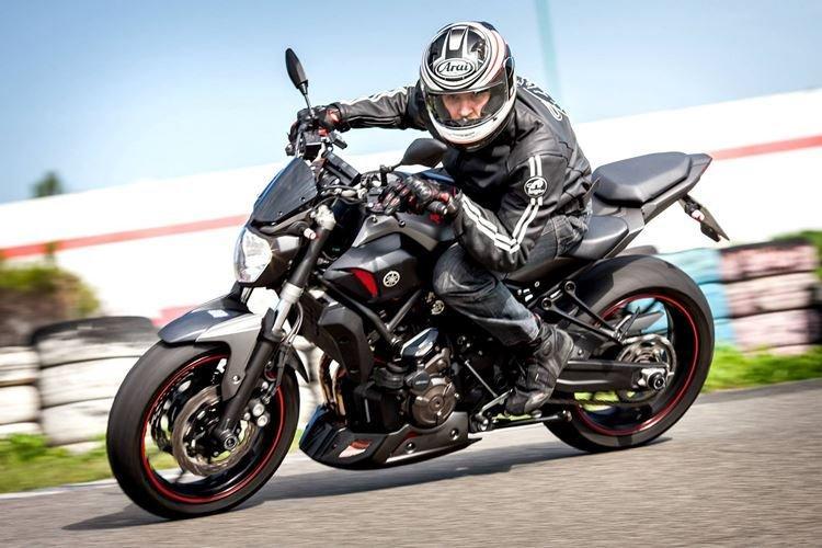 Занятия на мотоцикле - Что подарить папе на День рождения от дочери