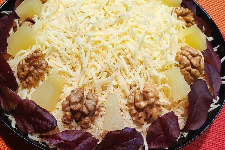 Салат с говядиной и ананасом - Что приготовить из говядины рецепты