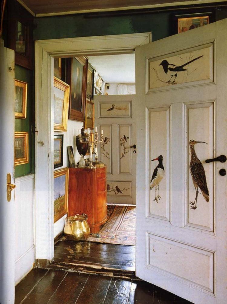 Декор старой двери своими руками - фото