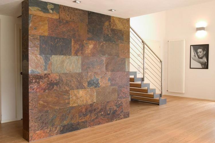 Конгломерат - Декоративный камень в интерьере