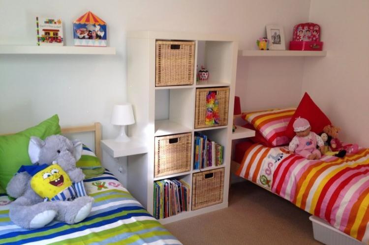 Шкафы и стеллажи - Зонирование детской комнаты для разнополых детей