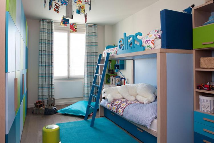 Маленькая детская комната для разнополых детей - Дизайн интерьера