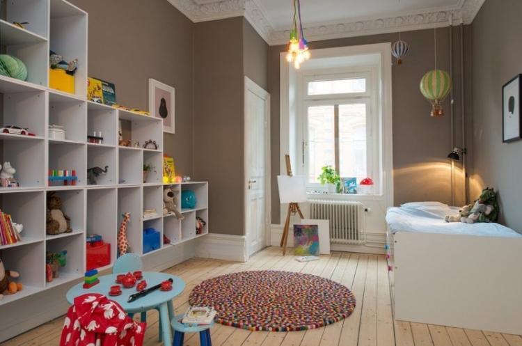 Коричневая детская комната для мальчика - Дизайн интерьера