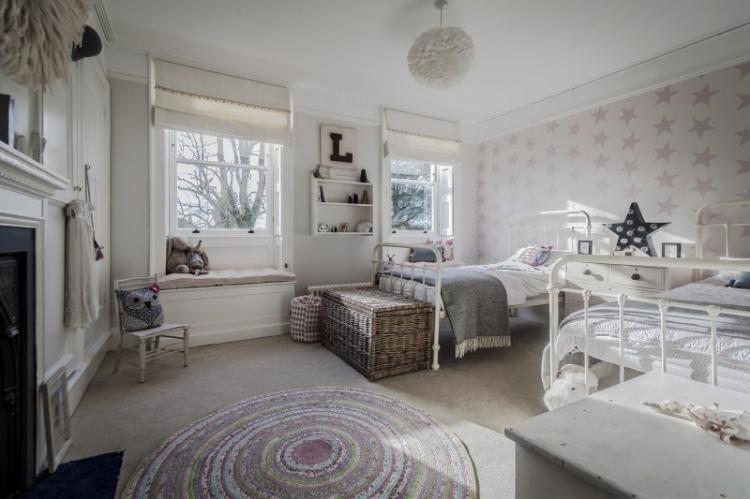 Комната для девочки-подростка в стиле шебби-шик - Дизайн интерьера