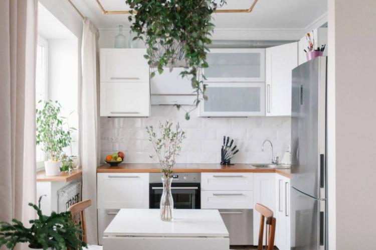 Белая кухня 10 кв.м. - Дизайн интерьера