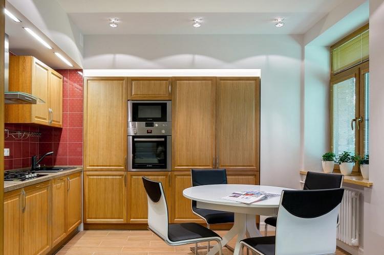 Отделка потолка - Дизайн кухни 12 кв.м.