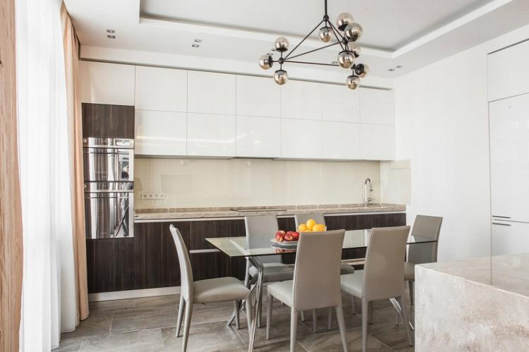 Отделка пола - Дизайн кухни 12 кв.м.