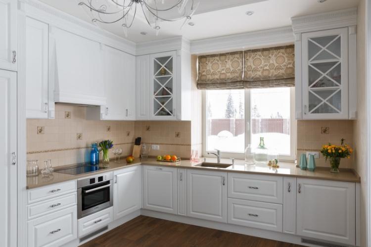 Кухня 13 кв.м. в стиле неоклассика - Дизайн интерьера