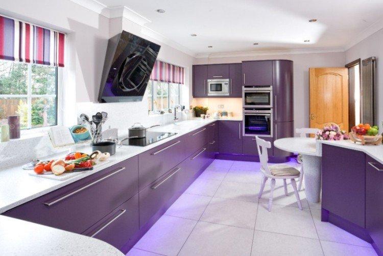 Фиолетовая кухня 14 кв.м. - Дизайн интерьера