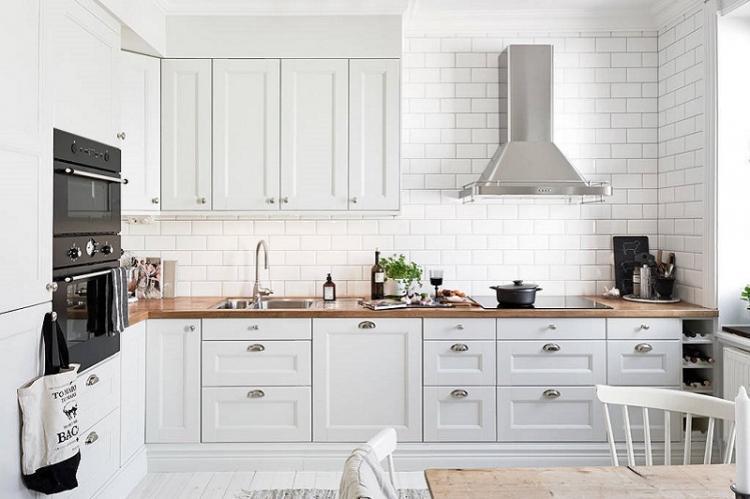 Белая кухня 3 на 4 - Дизайн интерьера