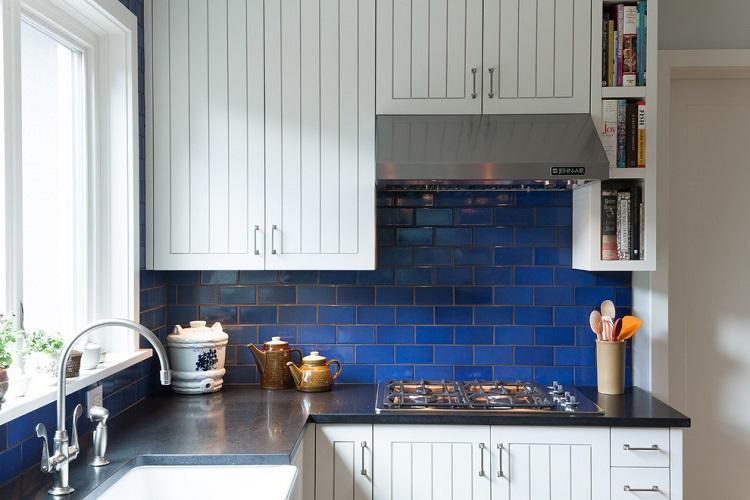 Синяя кухня 6 кв.м. - Дизайн интерьера
