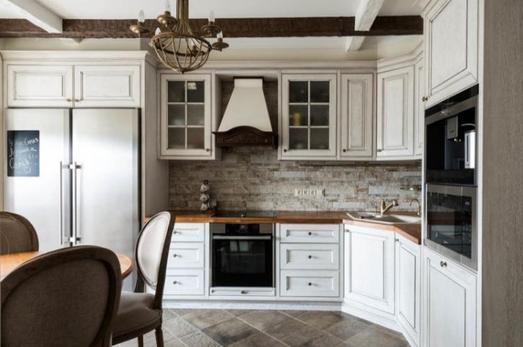 Фартук для кухни в классическом стиле