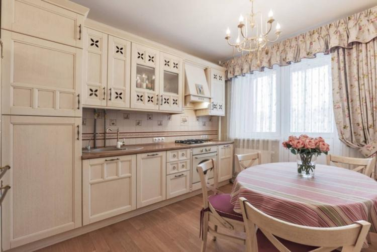 Бежевая кухня в стиле прованс - Дизайн интерьера