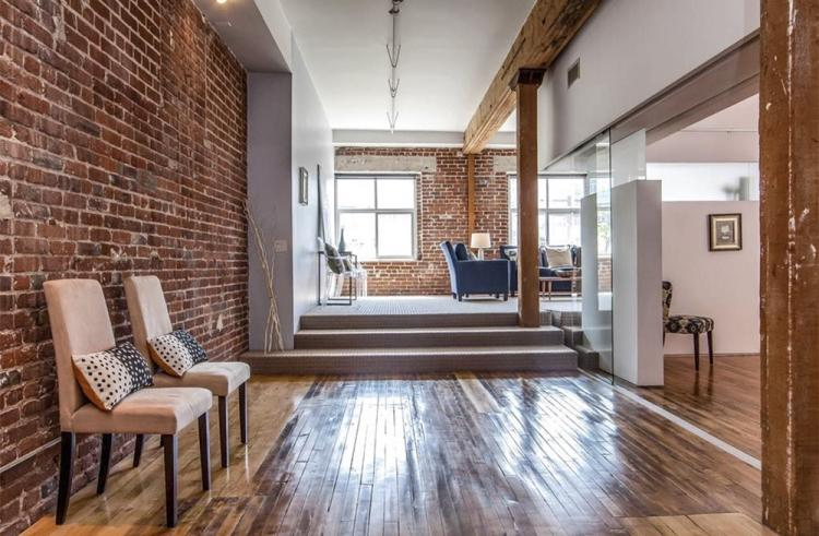 Дизайн квартиры в стиле лофт - фото реальных интерьеров