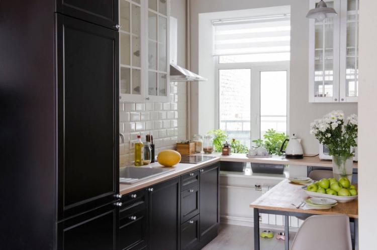 Сделай подоконник функциональным - Дизайн маленькой кухни