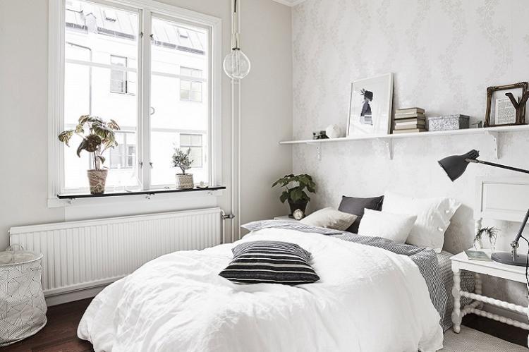 Предпочтение светлым тонам - Дизайн маленькой спальни