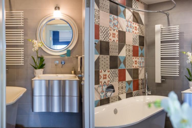 Дизайн маленькой ванной комнаты - фото реальных интерьеров