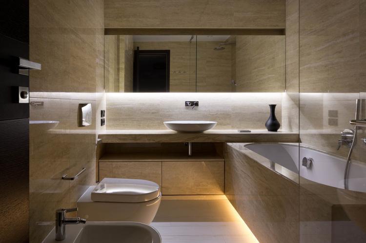 Совмещенный санузел в коричневых тонах - Дизайн интерьера