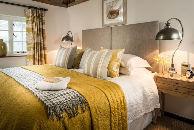 Желтая спальня - Дизайн спальни 2019