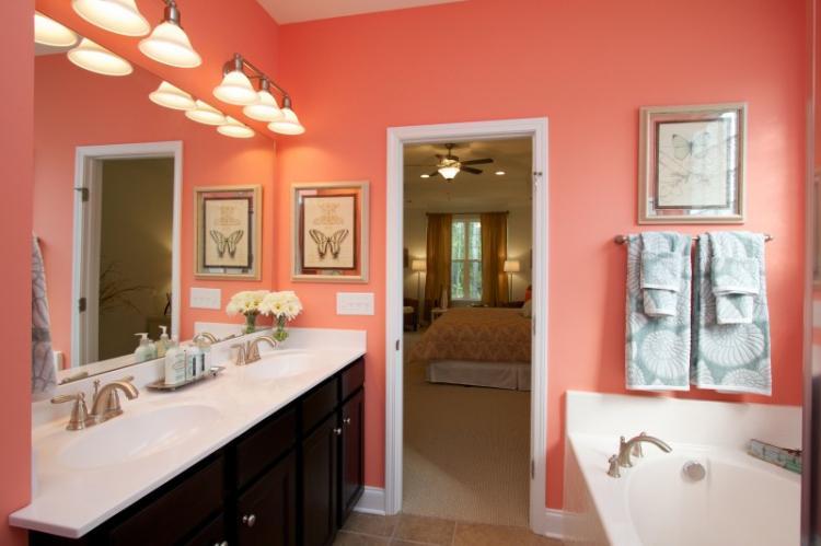 Коралловая ванная комната - Дизайн интерьера 2019