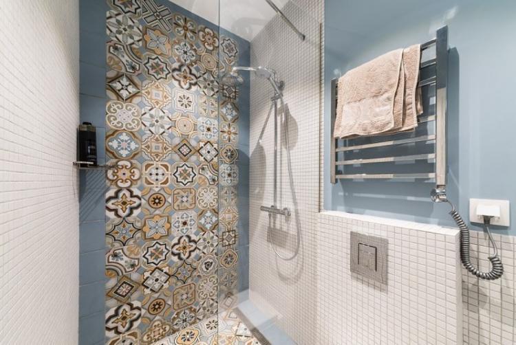 Цветовая гамма - Дизайн ванной с душевой кабиной