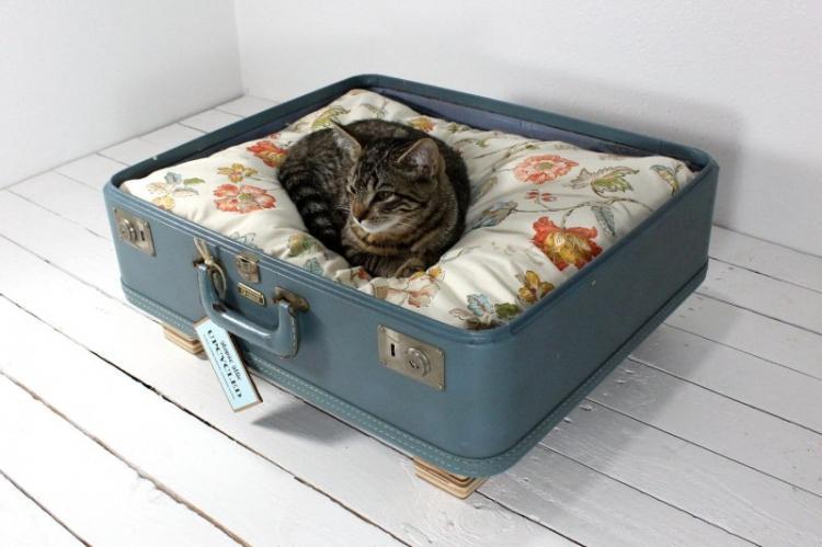 Живем «на чемоданах» - Домик для кошки своими руками