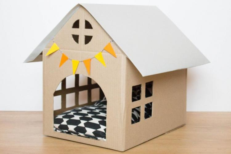 Домик из картонной коробки - Домик для кошки своими руками