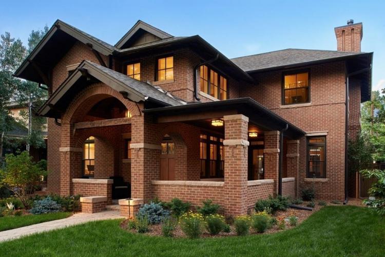 Двухэтажные дома из кирпича - проекты и фото