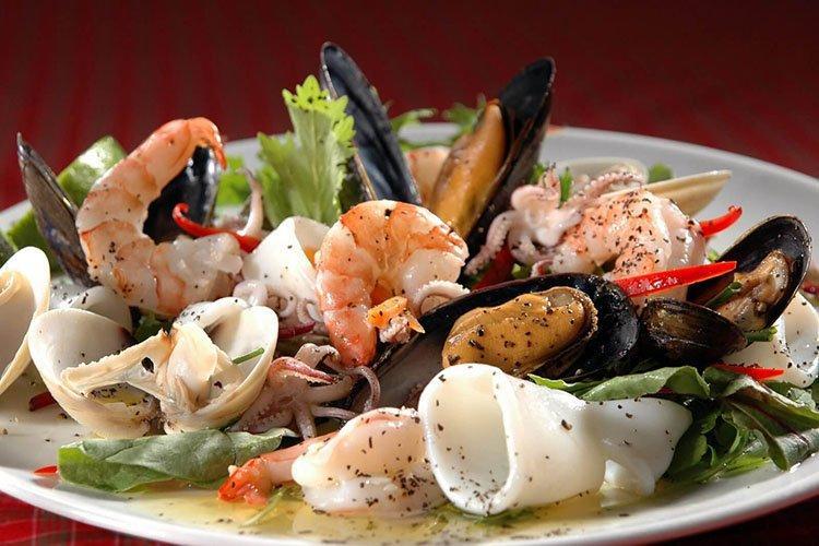 Салат из морепродуктов «Ассорти»
