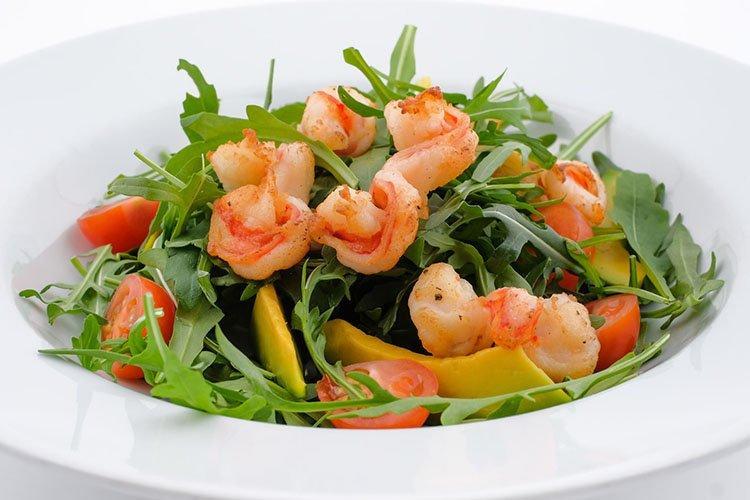 Салат с морепродуктами «Романтика»