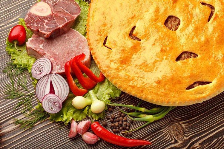 Мясной пирог на сметане