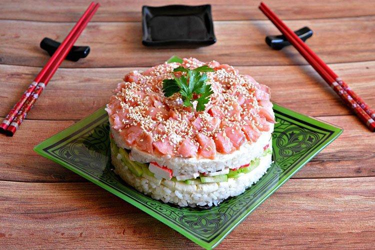Салат из риса в японском стиле