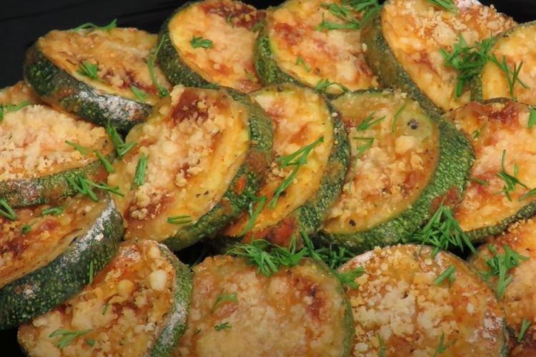 Хрустящие кабачки в духовке