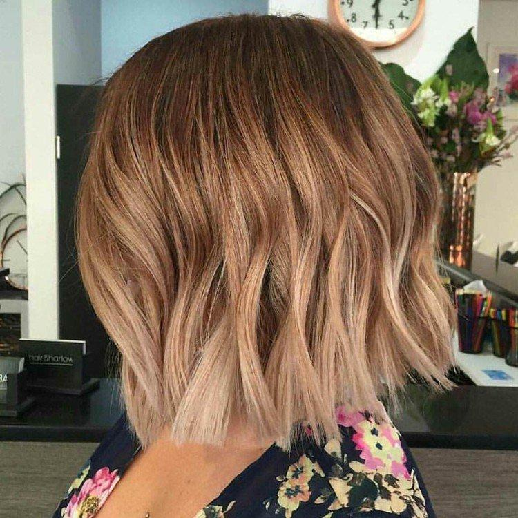 Окрашивание на короткие волосы 2021 - фото и идеи