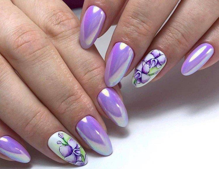 Фиолетовый маникюр с втиркой