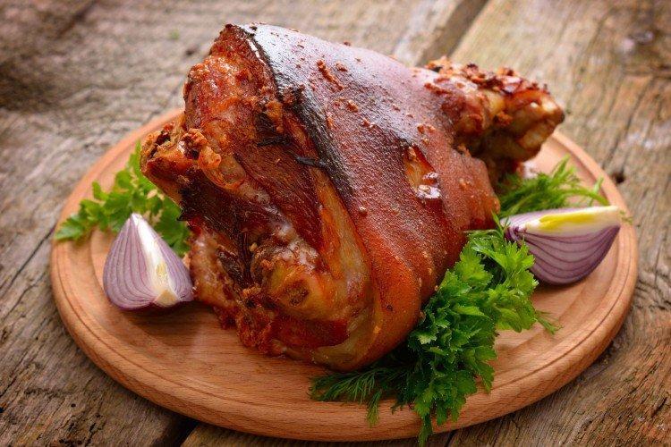 Как приготовить свиную рульку: 20 вкусных рецептов