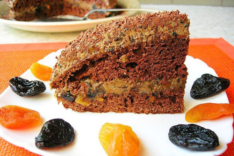 Постный кофейный торт с черносливом