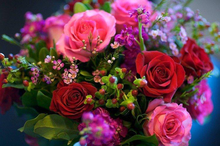Красивые букеты цветов: картинки и фото