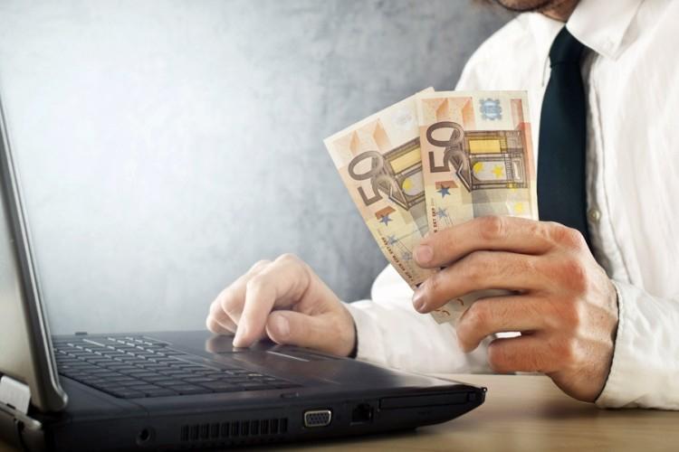 Как фрилансеру получить деньги за работу вакансии для удаленной работы в интернете петербург
