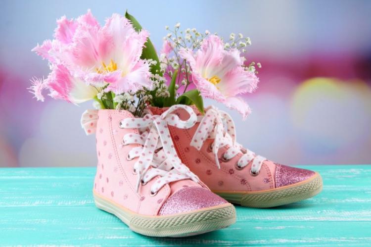 Как избавиться от запаха в обуви: 10 простых способов